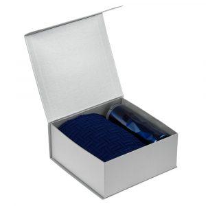 серебристо-синий