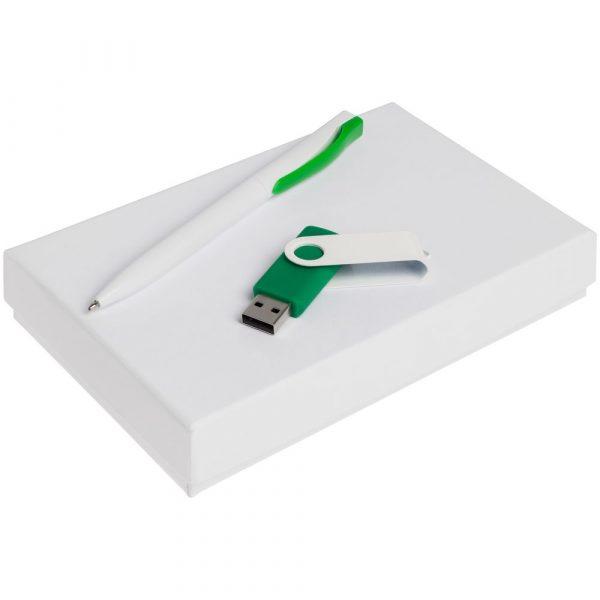 белый с зеленым